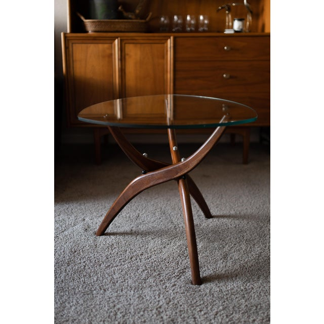 1960s Mid-Century Modern Forest Wilson Sculptural Wood & Glass End Table For Sale - Image 11 of 11