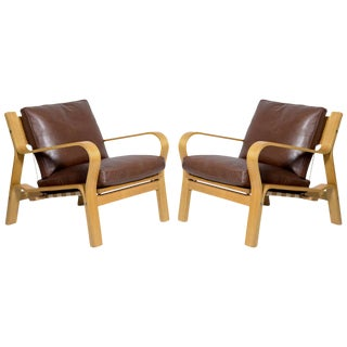 Pair of Hans Wegner GE-671 Lounge Chairs