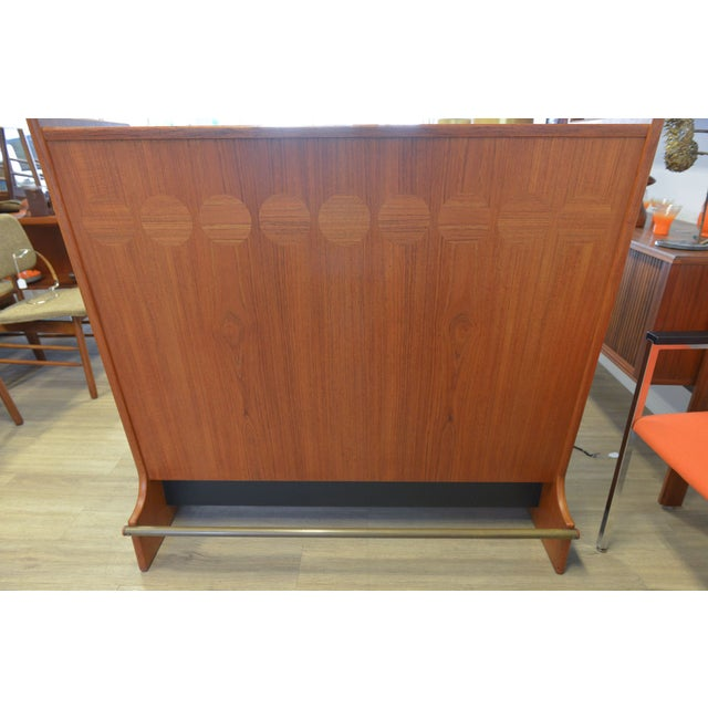 Danish Modern Dry Bar by Johannes Andersen For Sale In Los Angeles - Image 6 of 6