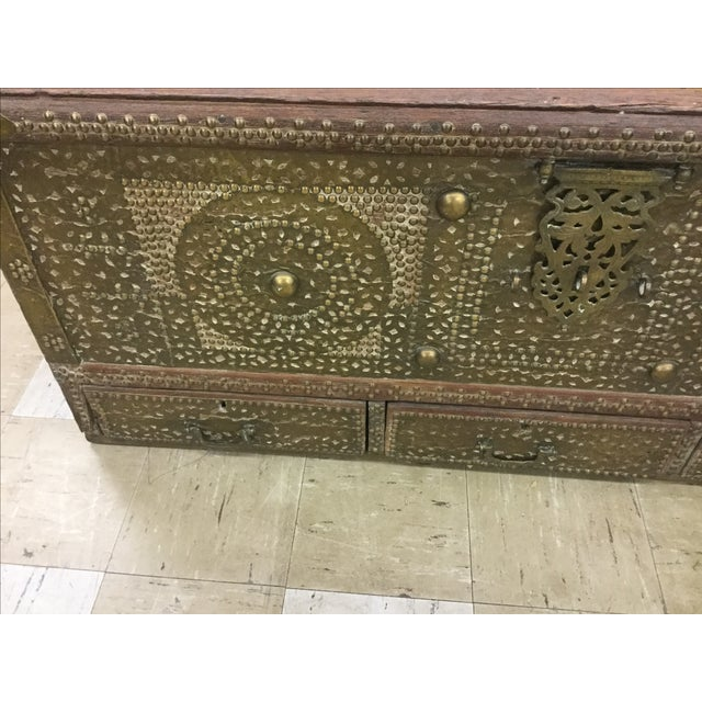 Boho Chic Kuwaiti Brass Studded Blanket Chest For Sale - Image 3 of 6