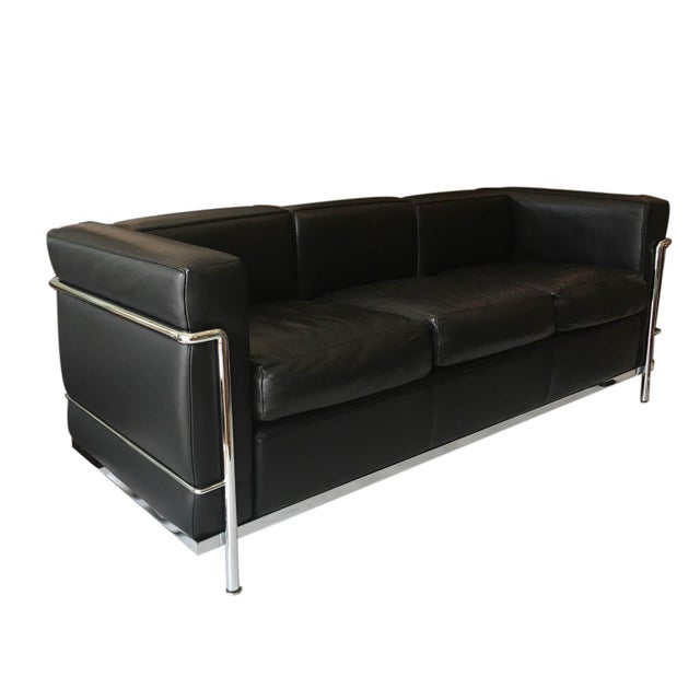 Le Corbusier Lc2 Petit Modele Three-Seat Sofa Designed by Le Corbusier for Cassina For Sale - Image 4 of 12