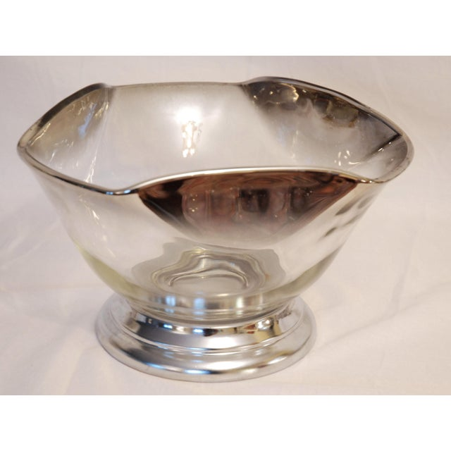 1970s Vintage Mid-Century Dorothy Thorpe Silver Rim Fade Glass Salad Bowl Set of 7 For Sale - Image 5 of 8