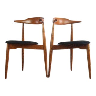 "1960s Danish Modern Hans Wegner for Fritz Hansen ""Heart Chairs"" - a Pair For Sale"