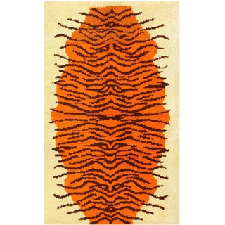 Vintage Mid-20th Century Swedish Rya Rug - 3′2″ × 4′10″ For Sale
