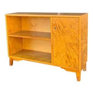Swedish Mid-Century Modern Mini Bookcase in Golden Flame Birch Wood Circa 1950 For Sale