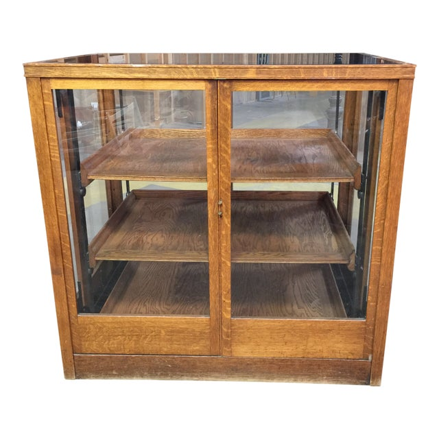 1900s Americana Oak Display Cabinet With Sliding Shelves For Sale