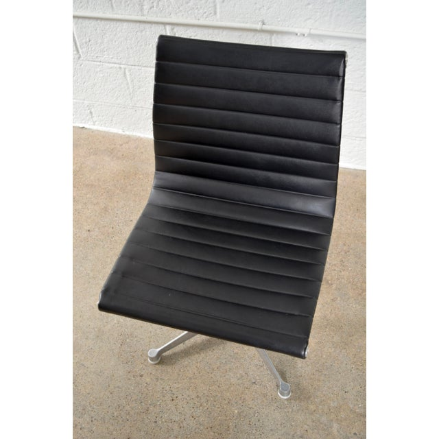 Original Eames for Herman Miller Aluminum Group Side Chair - Image 8 of 11