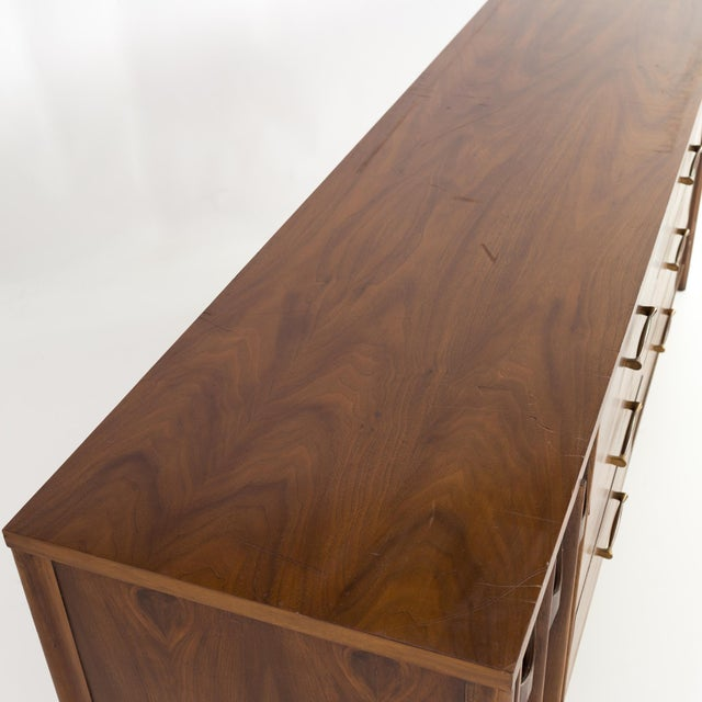 1960s Mid-Century Modern Kent Coffey Perspecta 12 Drawer Walnut and Rosewood Lowboy Dresser For Sale - Image 11 of 13