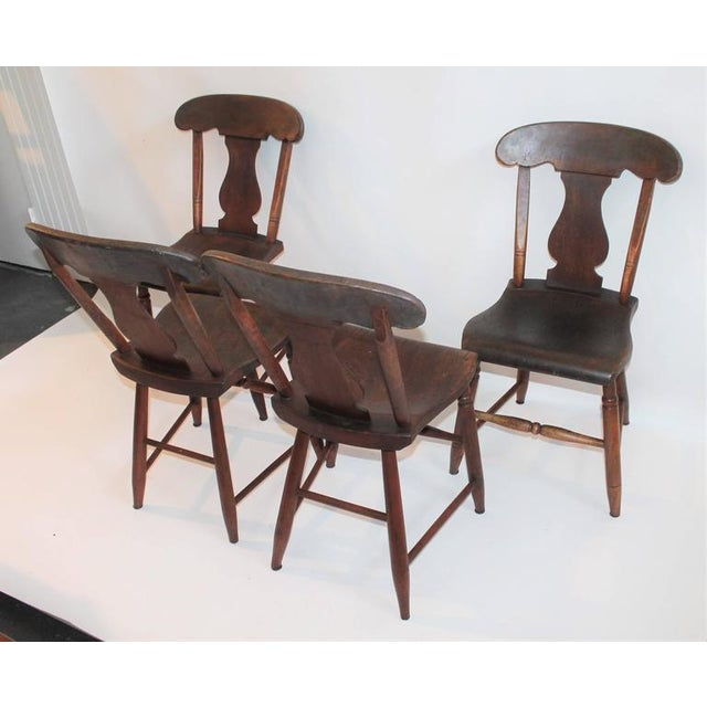 Set of Four 19th Century Original Painted Plank Bottom Chairs For Sale In Los Angeles - Image 6 of 9