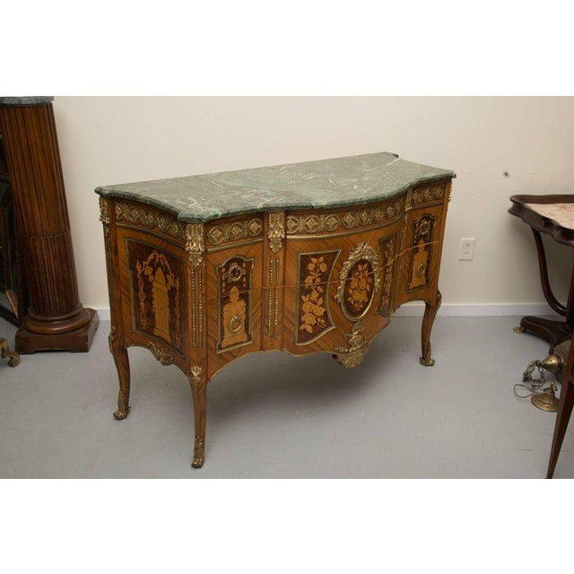 Louis XVI Transitional Style Inlaid Commode For Sale - Image 9 of 9