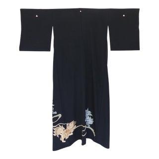 1950s Japanese Silk Kimono W/ Embroidered Foo Dog Dragons For Sale
