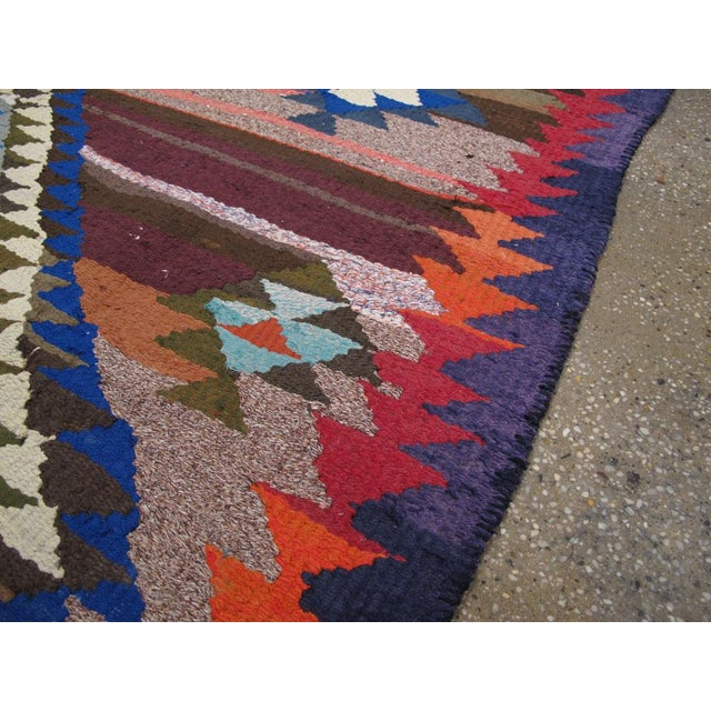 "Vintage Persian Flatweave Kilim Rug – Size: 5"" X 7' 4"" For Sale In New York - Image 6 of 8"