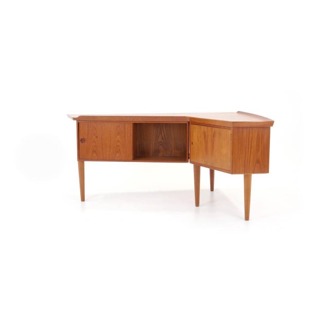 Arne Vodder 1950s Danish Modern Arne Vodder Teak Desk With Built in Bar For Sale - Image 4 of 10