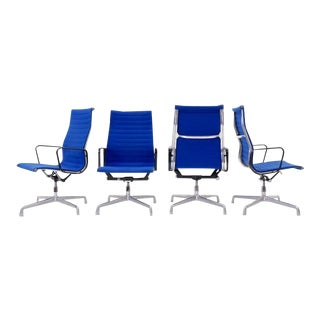 Charles and Ray Eames High Back Aluminum Group Chairs in Original Blue Fabric For Sale
