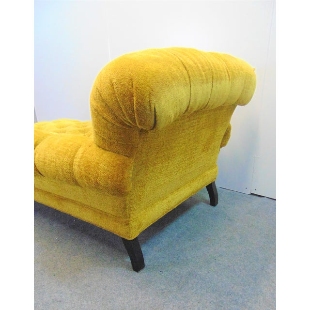 Late 20th Century Schumacher Regency Style Yellow Tufted Chaise Lounge For Sale - Image 5 of 9