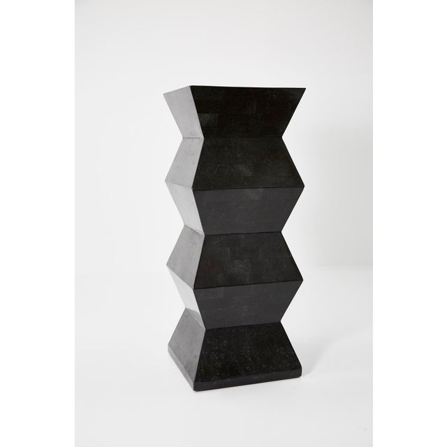 1990s Vintage Oversized Postmodern Tessellated Black Stone Accordion Pedestal For Sale - Image 13 of 13