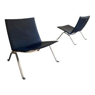"Mid Century Danish Modern Poul Kjaerholm Black Leather ""pk22"" Lounge Chairs- A Pair For Sale"