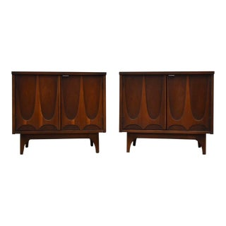 Broyhill Brasilia Walnut Nightstands- a Pair For Sale