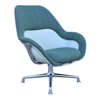 Scott Wilson for Steelcase Swivel Lounge Chair For Sale