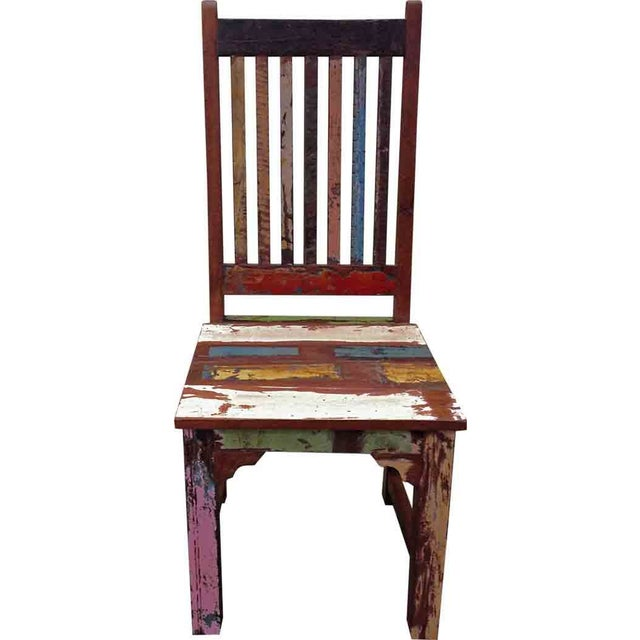 A versatile, sturdy and solid wood chair that would work well as a decorative piece of any dining arrangement. This chair...