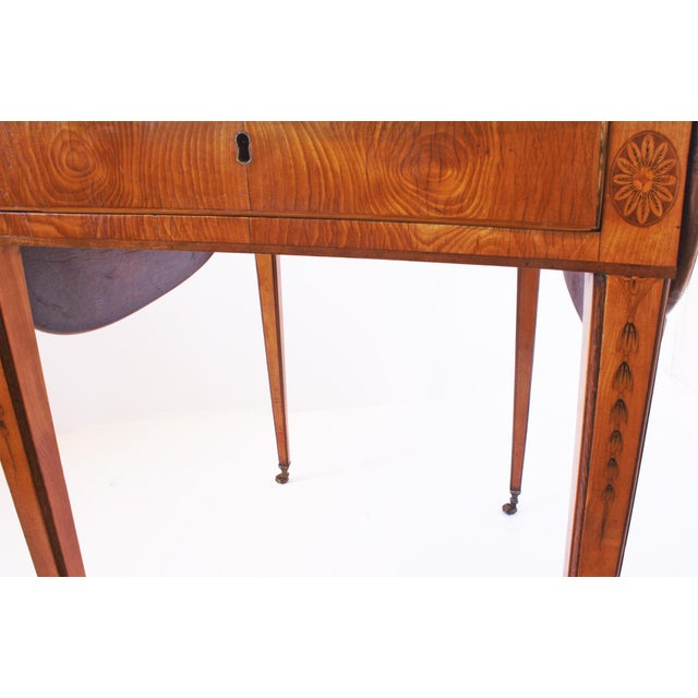 Chippendale Spectacular George III Sheraton Pembroke Table For Sale - Image 3 of 6