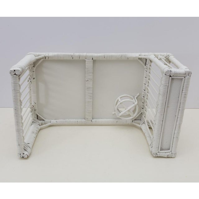 White Wicker Rattan Breakfast in Bed Tray For Sale In Richmond - Image 6 of 6