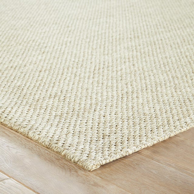 This sisal area rug boasts natural charm and effortless casual style. In a light gray hue, this natural accent's diamond...