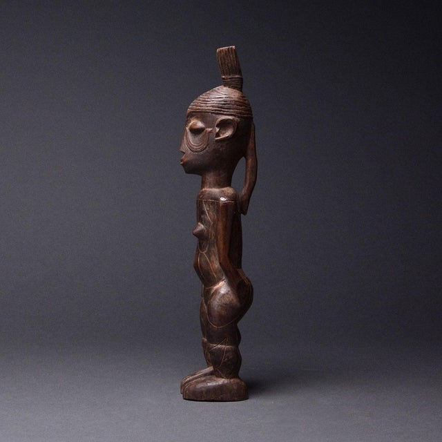 African Mangbetu Female Ancestral Sculpture For Sale - Image 3 of 5