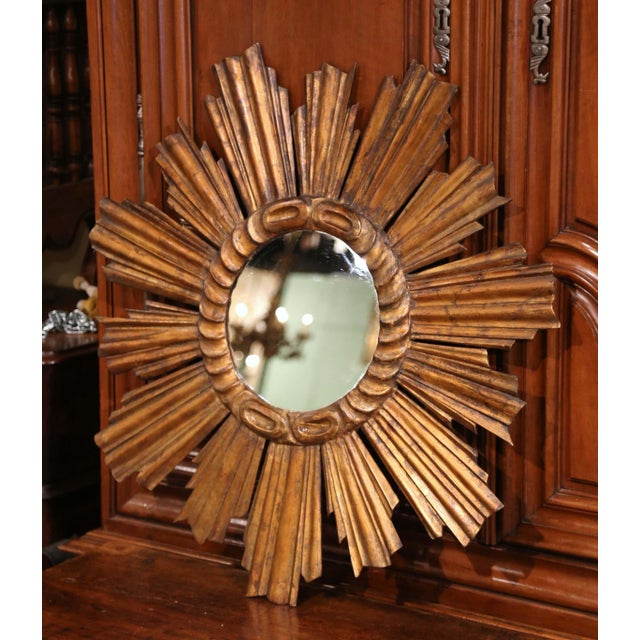 French Early 20th Century French Carved Giltwood Sunburst Mirror For Sale - Image 3 of 8