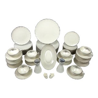 Lenox Swirled Platinum 'Weatherly' Dinnerware Set - Service for 12 For Sale