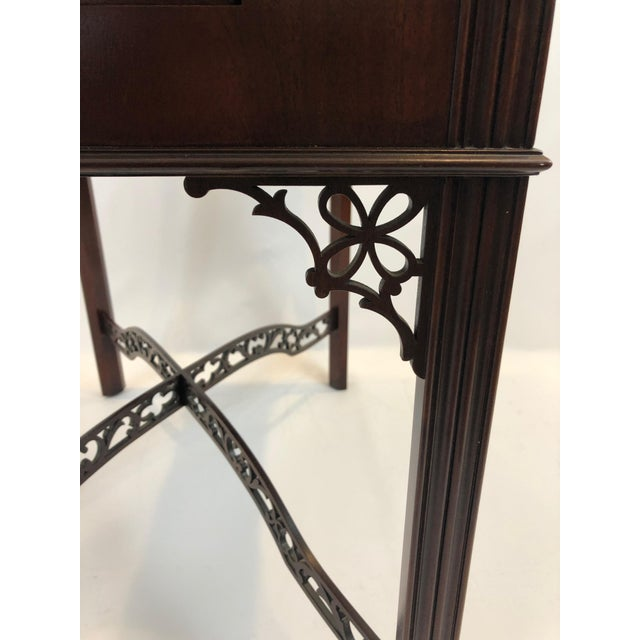 Baker Furniture Company Chippendale Flame Mahogany Side Table For Sale - Image 4 of 13