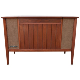 Vintage Mid-Century Modern Stereo Console For Sale