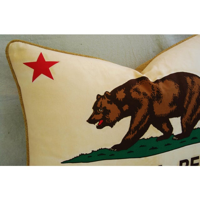 "Early 21st Century Jumbo California Republic Bear Flag Feather/Down Pillow 31"" X 22"" For Sale - Image 5 of 10"
