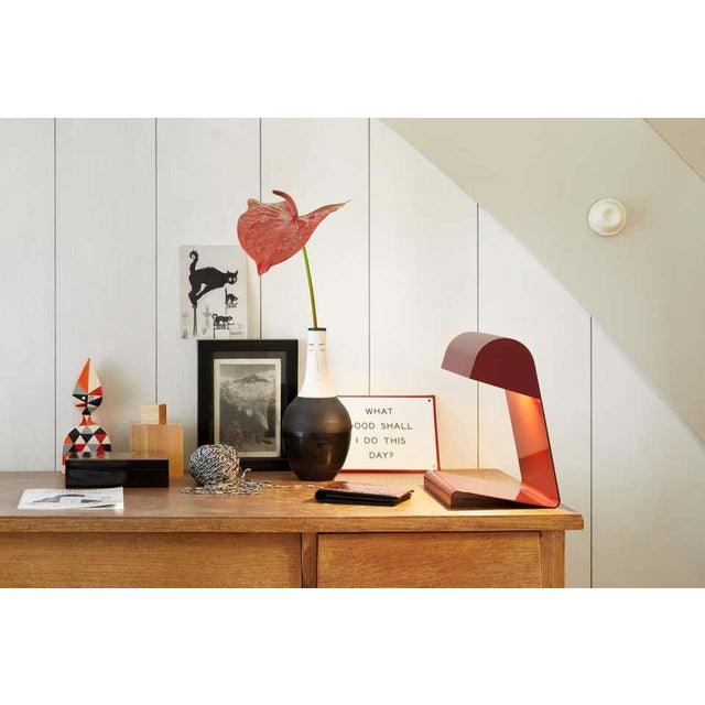 Jean Prouvé 'Lampe De Bureau' Table Lamp in Red for Vitra For Sale In Los Angeles - Image 6 of 11