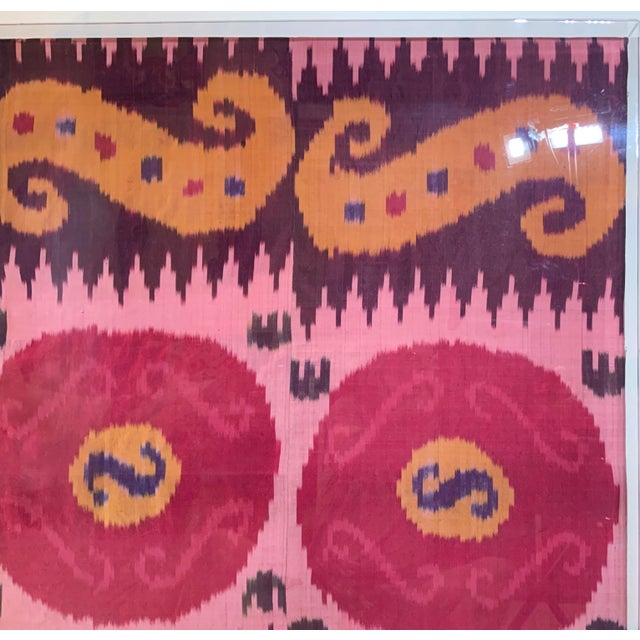 Antique Silk Ikat Display in Lucite Shadowbox For Sale In Miami - Image 6 of 13
