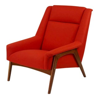 Dux Style Lounge Chair For Sale