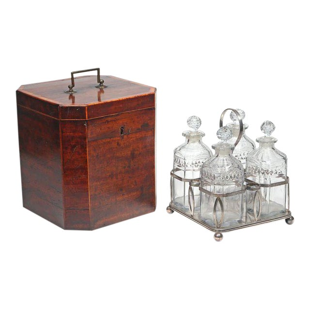 George III Mahogany Decanter Case complete with Bottle Carrier - Set of 6 For Sale