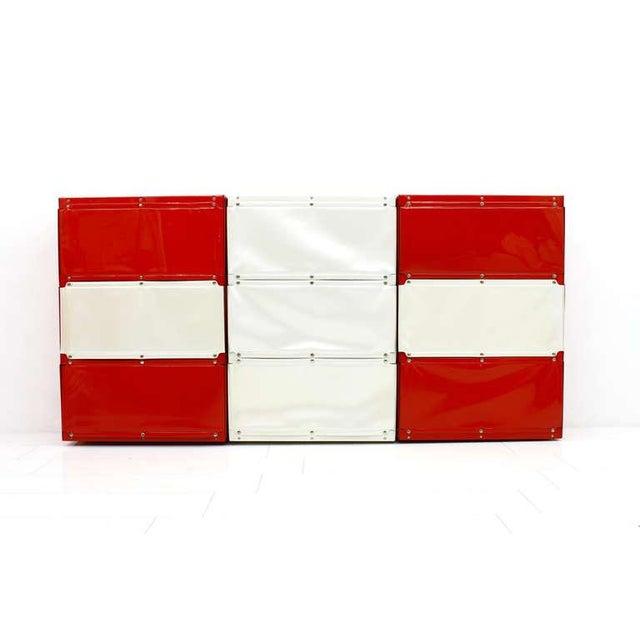 Vitsœ + Zapf Softline Wall System, Shelf, Bookshelf by Otto Zapf, Germany 1971, Red / White For Sale - Image 4 of 10