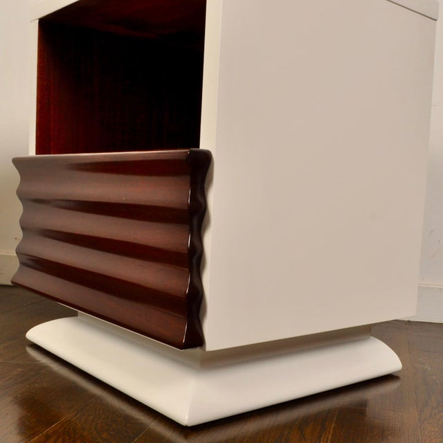 1950s Mid Century Lacquered Nightstands by Vanleigh Furniture For Sale - Image 5 of 12