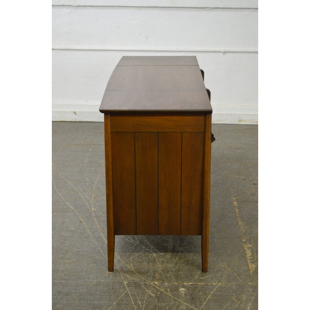 Mid-Century Modern Mid Century Modern Danish Style Stereo Console w/ Record Player For Sale - Image 3 of 10