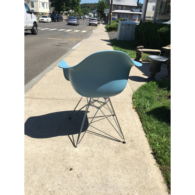 Design Within Reach Sky Blue Wire/ Plastic Chair   Chairish