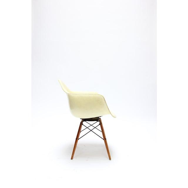 Herman Miller Vintage Eames PAW Swivel chair for Herman Miller For Sale - Image 4 of 11