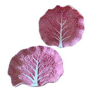 1980s Bordallo Pinheiro Pink Cabbage Serving Plates - a Pair For Sale
