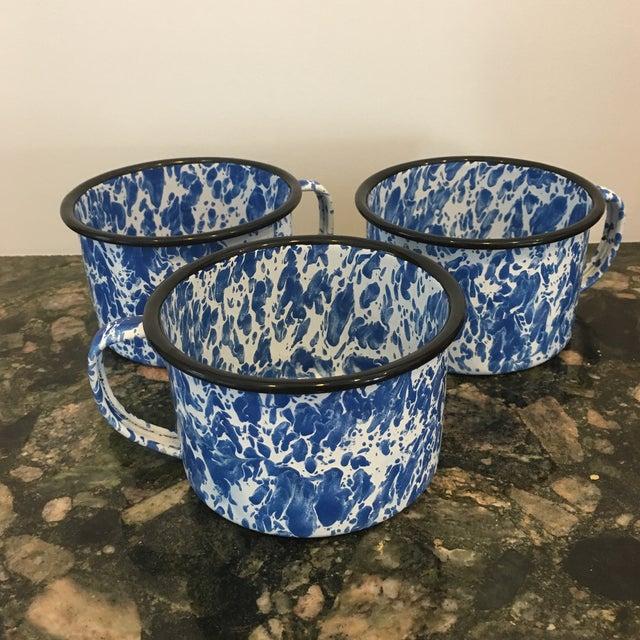 Enamel Spatterware Mugs - Set of 3 - Image 9 of 10