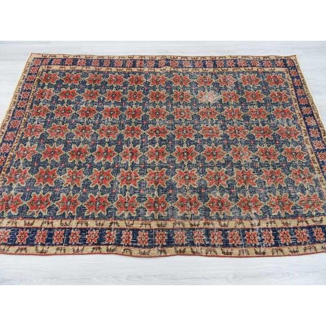 Vintage Decorative Turkish Rug - 4′8″ × 6′8″ For Sale - Image 4 of 6