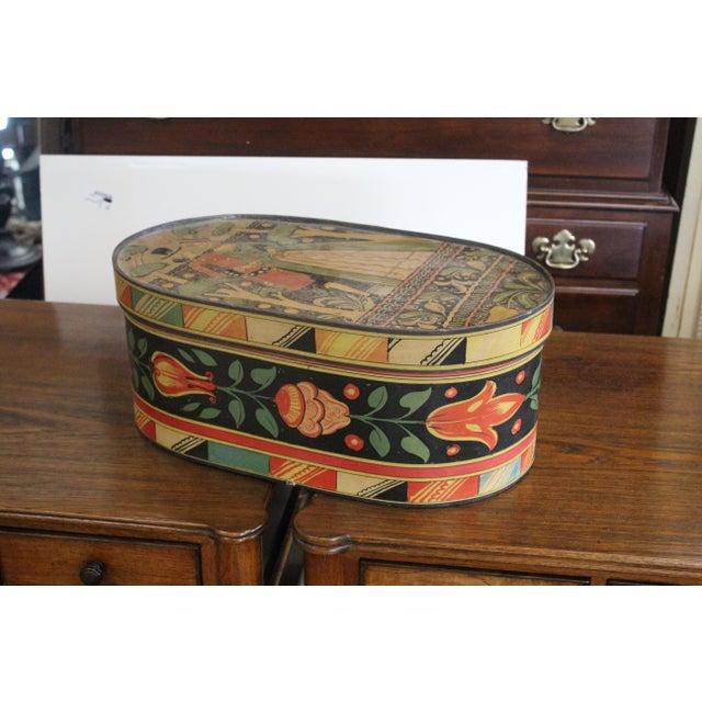 20th Century Art Nouveau Band Hat Box For Sale - Image 9 of 9