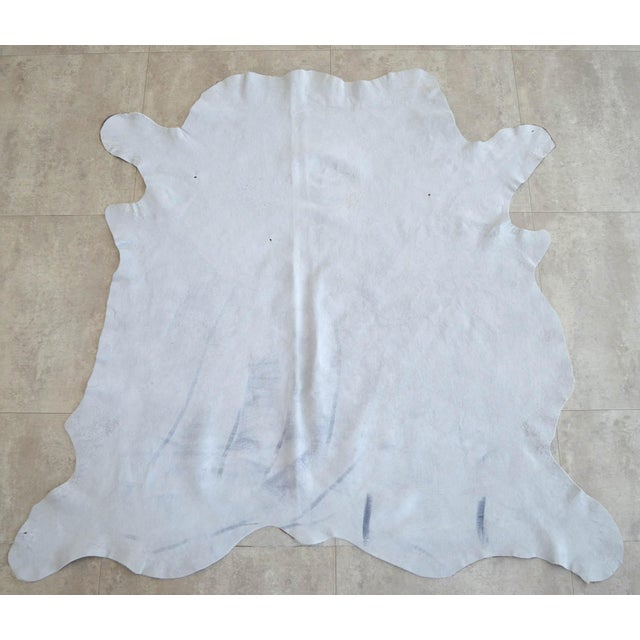 """2010s CowHide Rug Brown White Natural Cow Hide Rug - 4'3"""" X 4'3"""" For Sale - Image 5 of 11"""