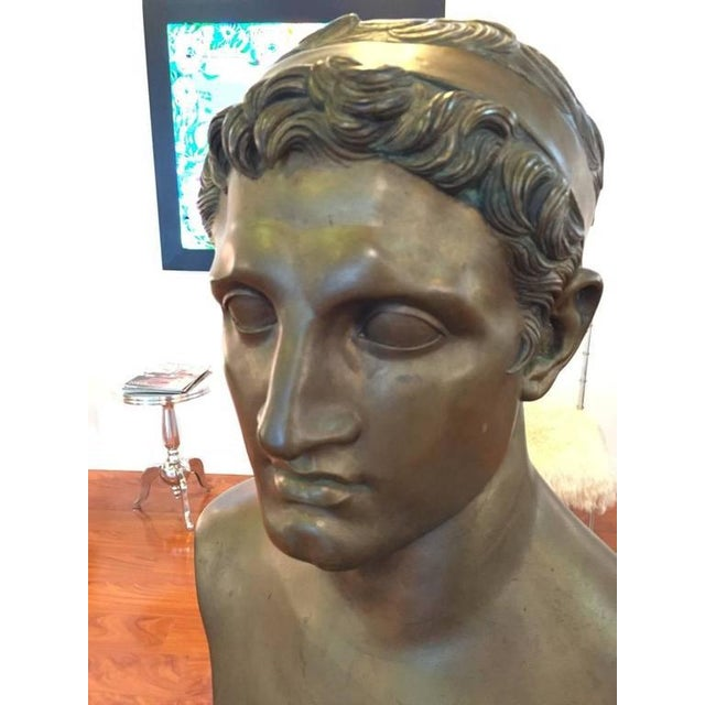 1906 Cesar Sab De Angelis Fils Naples Bronze Bust For Sale - Image 4 of 10
