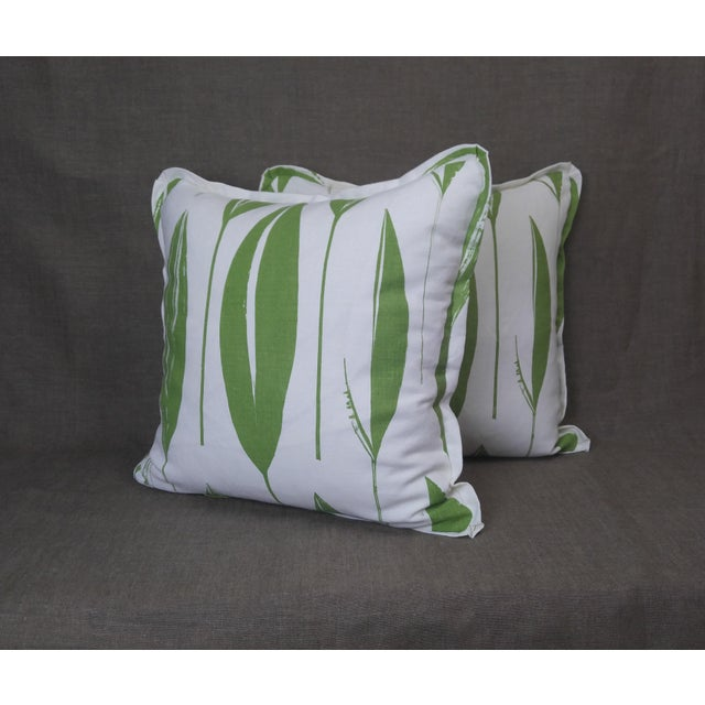 Raoul Textiles Throw Pillows in Variegata Linen Print - a Pair For Sale In Los Angeles - Image 6 of 6