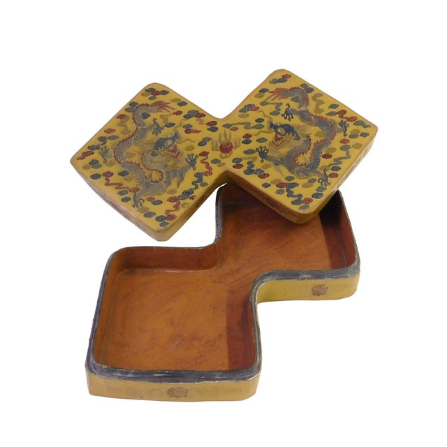 Yellow Lacquer Double Rhombus Painted Box - Image 4 of 7